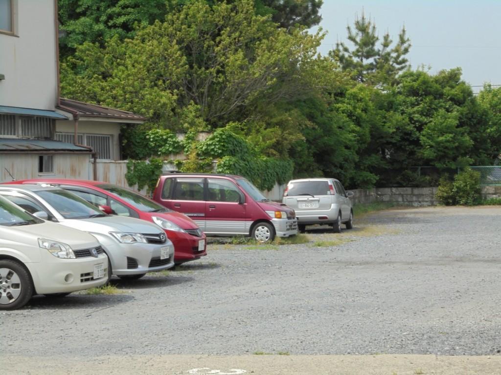 根本駐車場2
