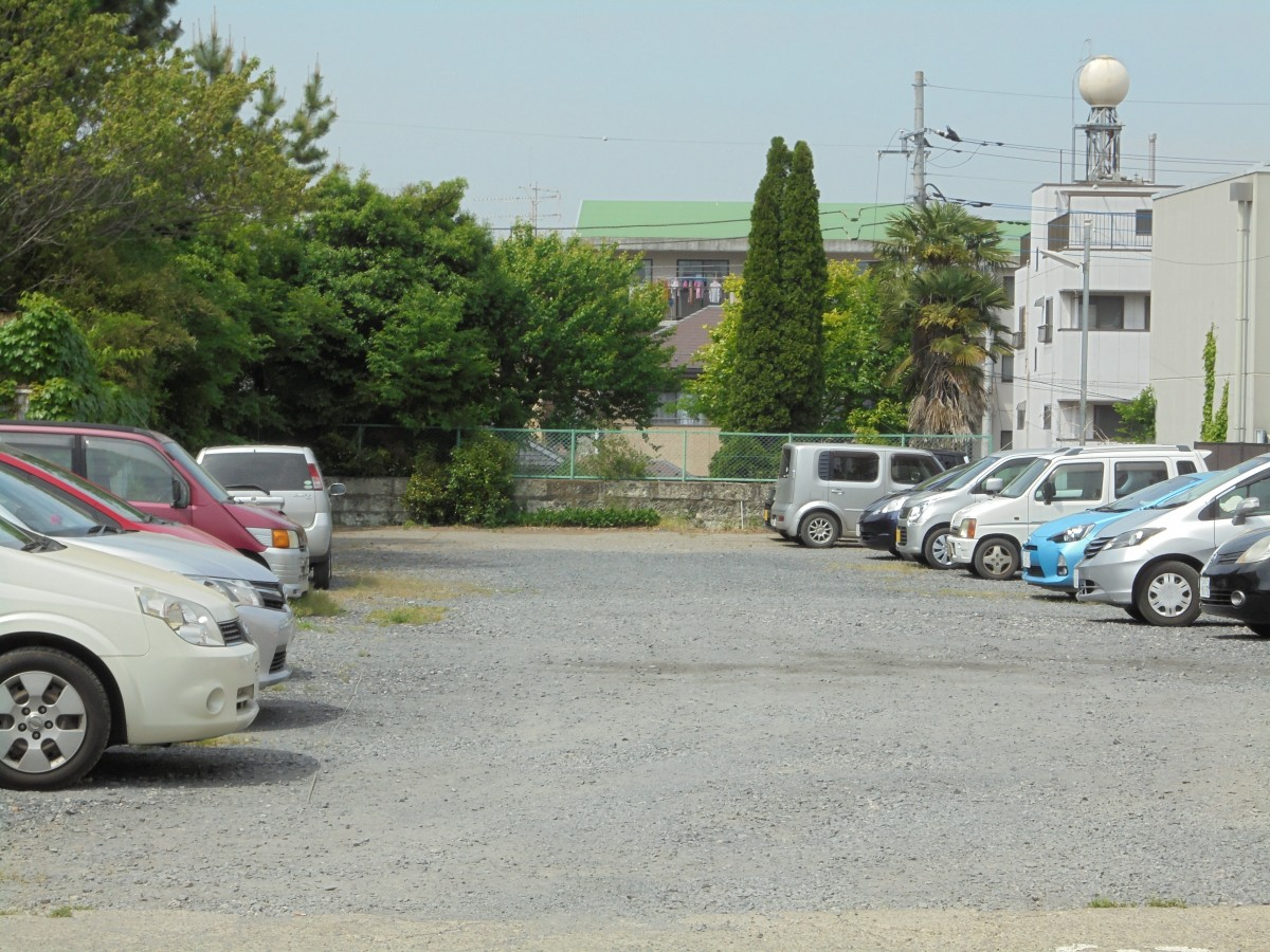 根本駐車場1