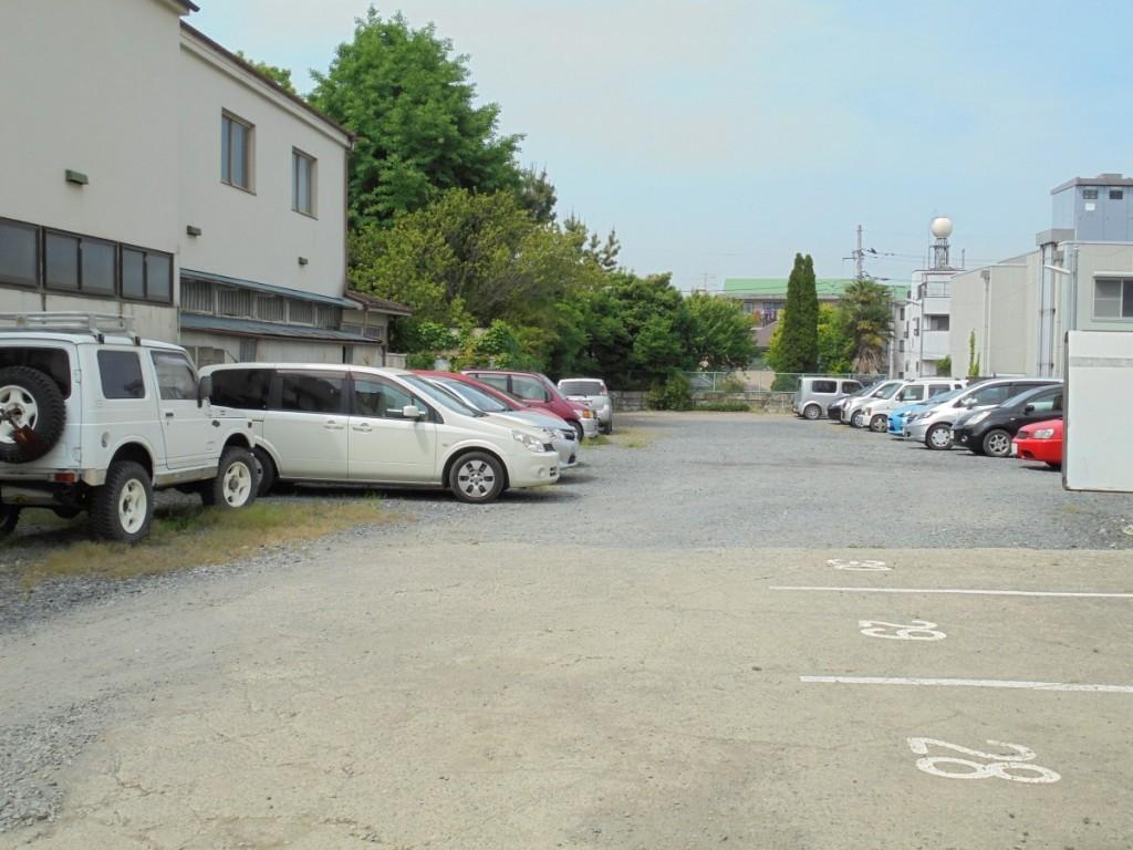 根本駐車場4