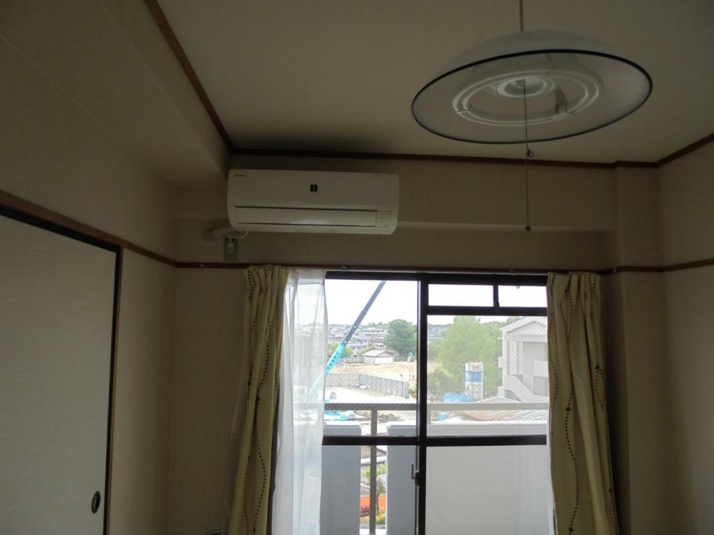 近長マンション502和室エアコン付