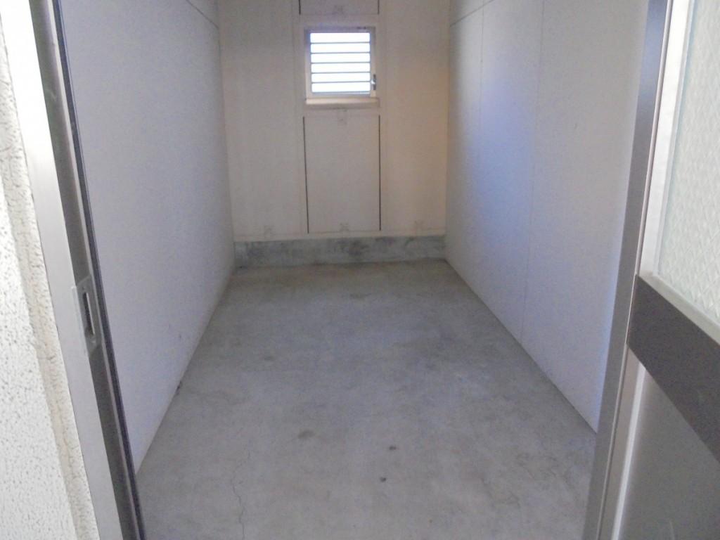 ウィズパピー202専用トランクルーム